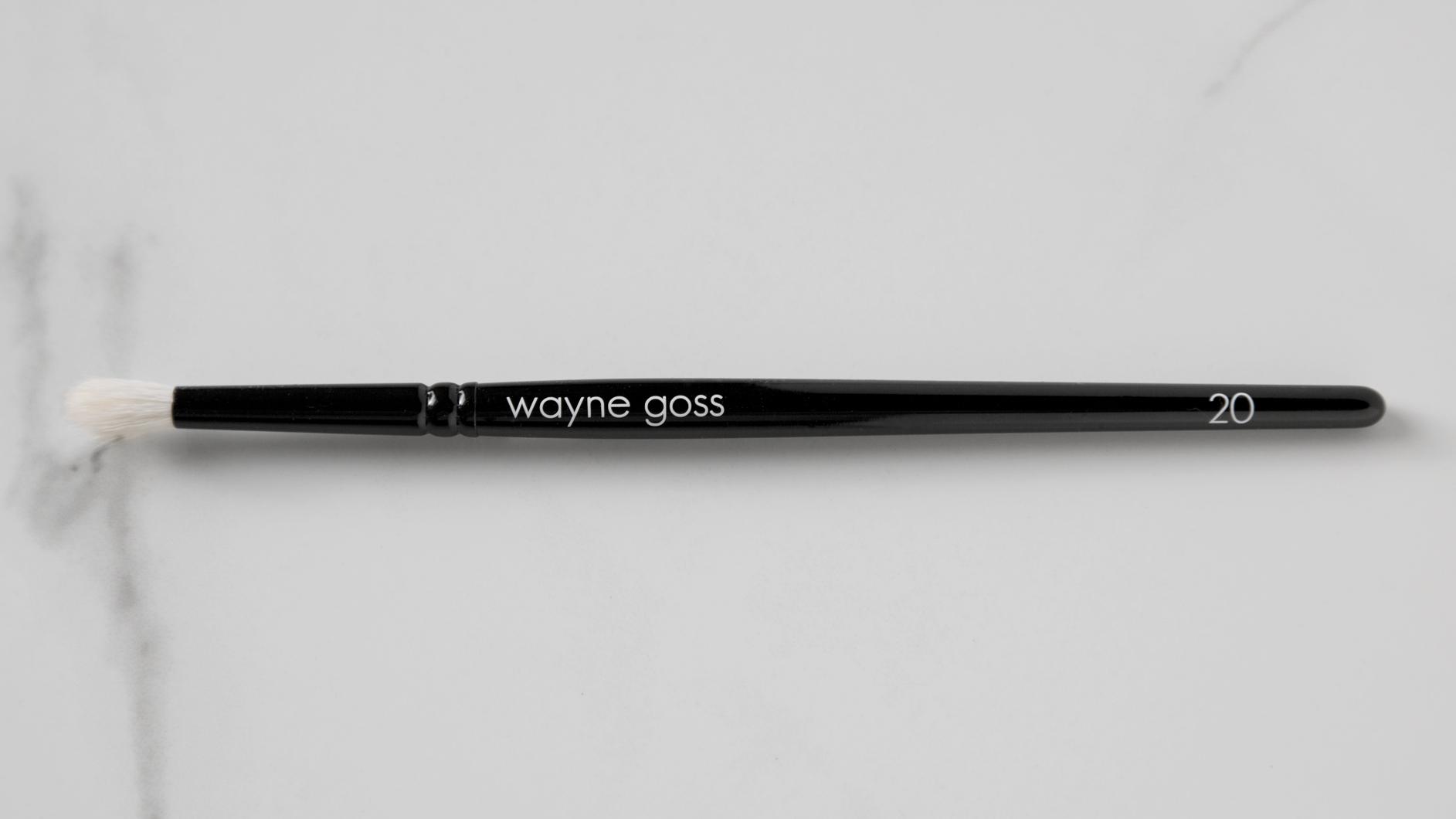Wayne Goss Brush 20 Eye Shadow Smudging Brush $22