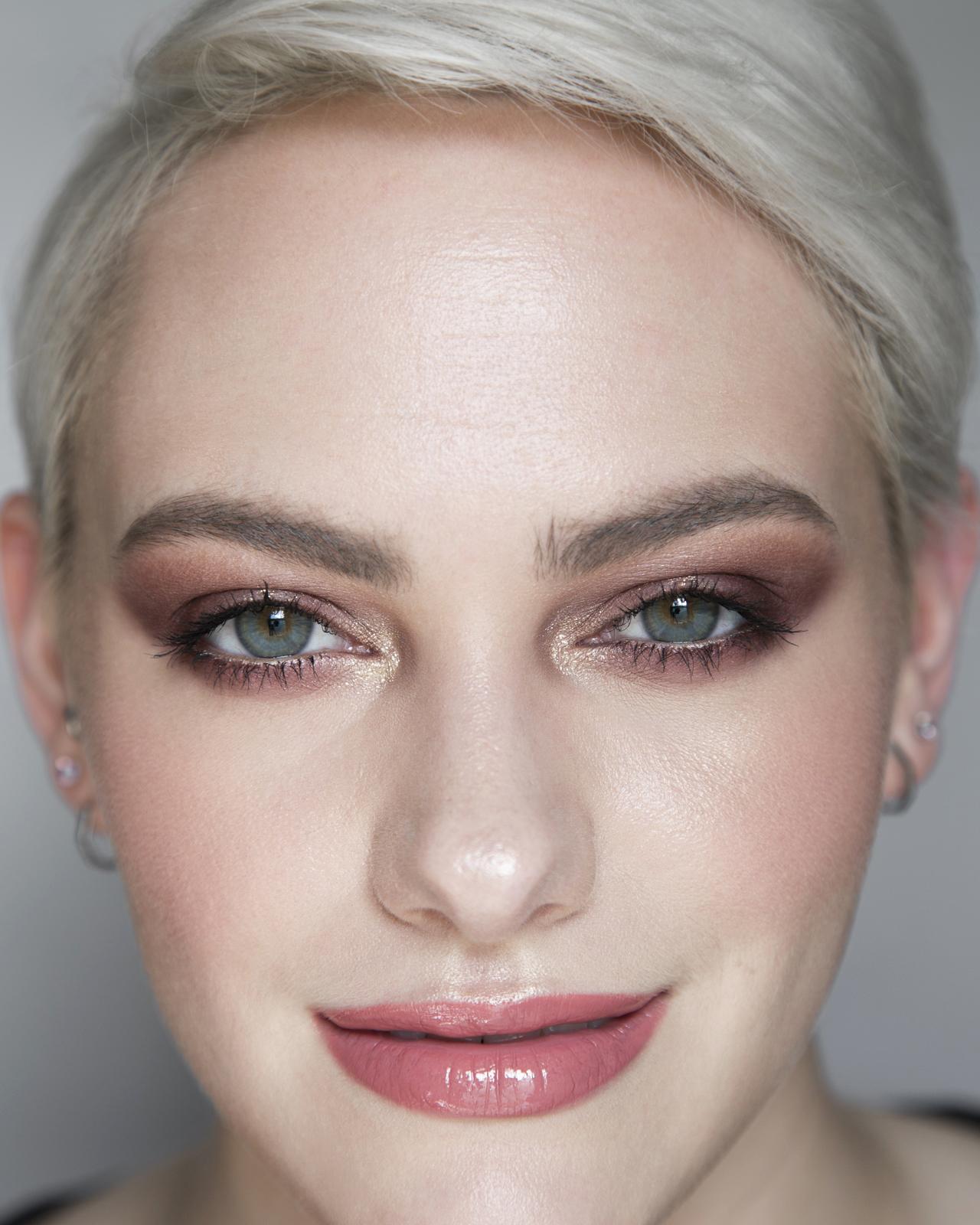 The Vintage Vamp Luxury Eye Palette