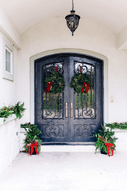 miracle-gro-front-door-porch-2425.jpg