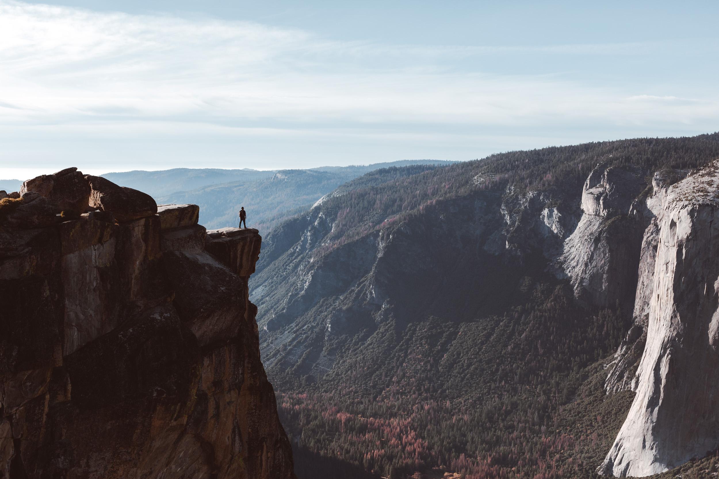 yosemite-taft-point-views-hike-and-shoot-1.jpg