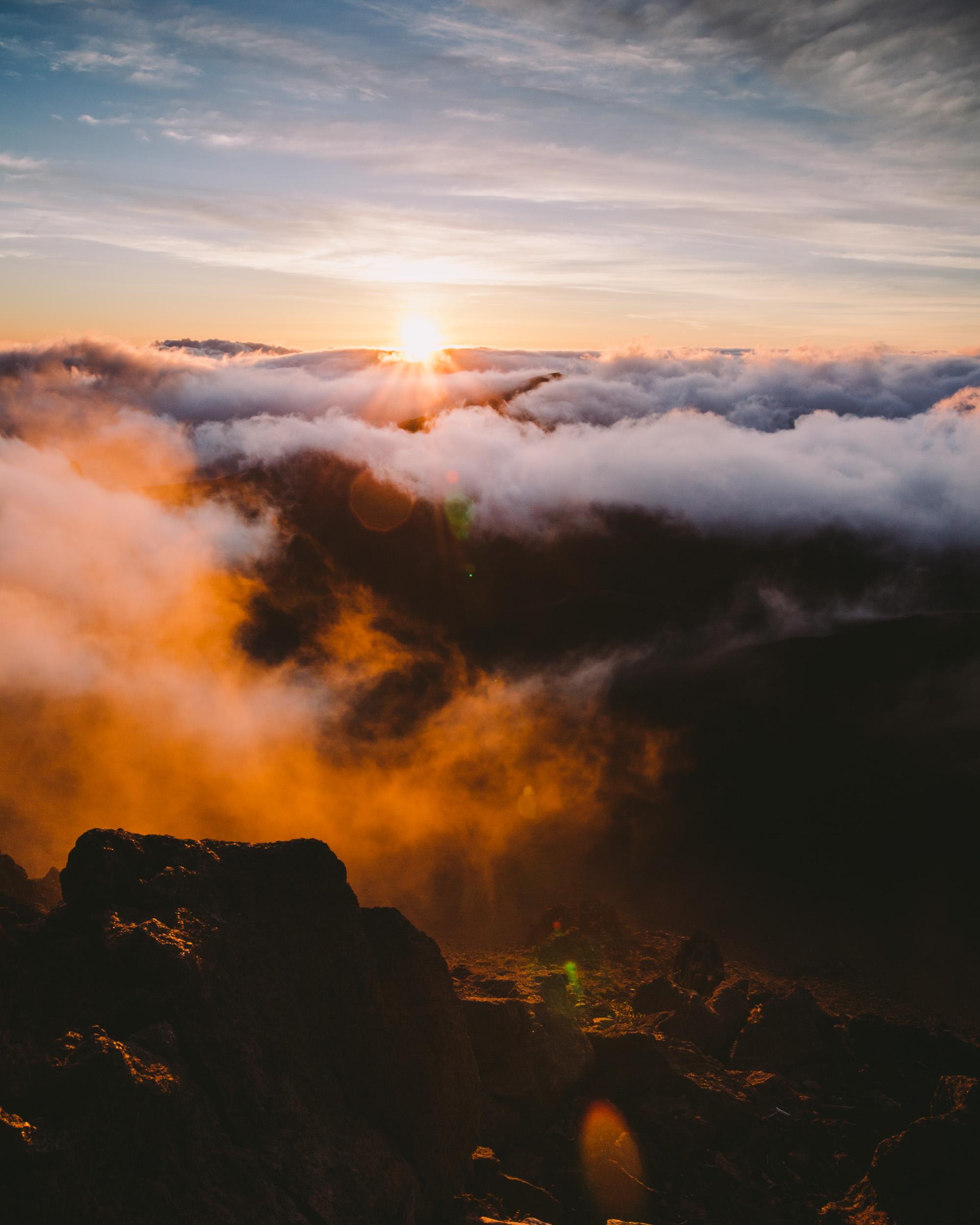 Sunrise golden hour by Adriel Callao |  @norcal_exp