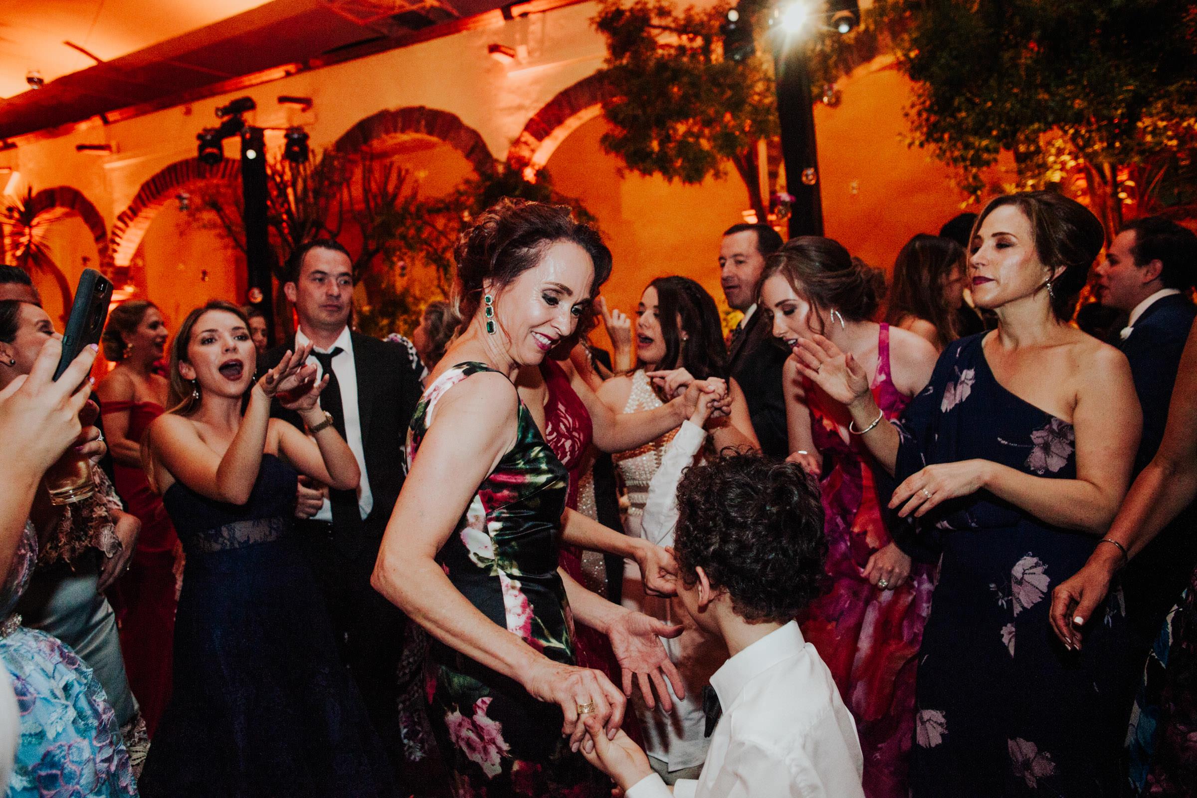 San-Miguel-de-Allende-Wedding-Photography-Parroquia-Instituto-Boda-Fotografia-Fer-Sergio-Pierce-Lifestyle-Photography0050.JPG