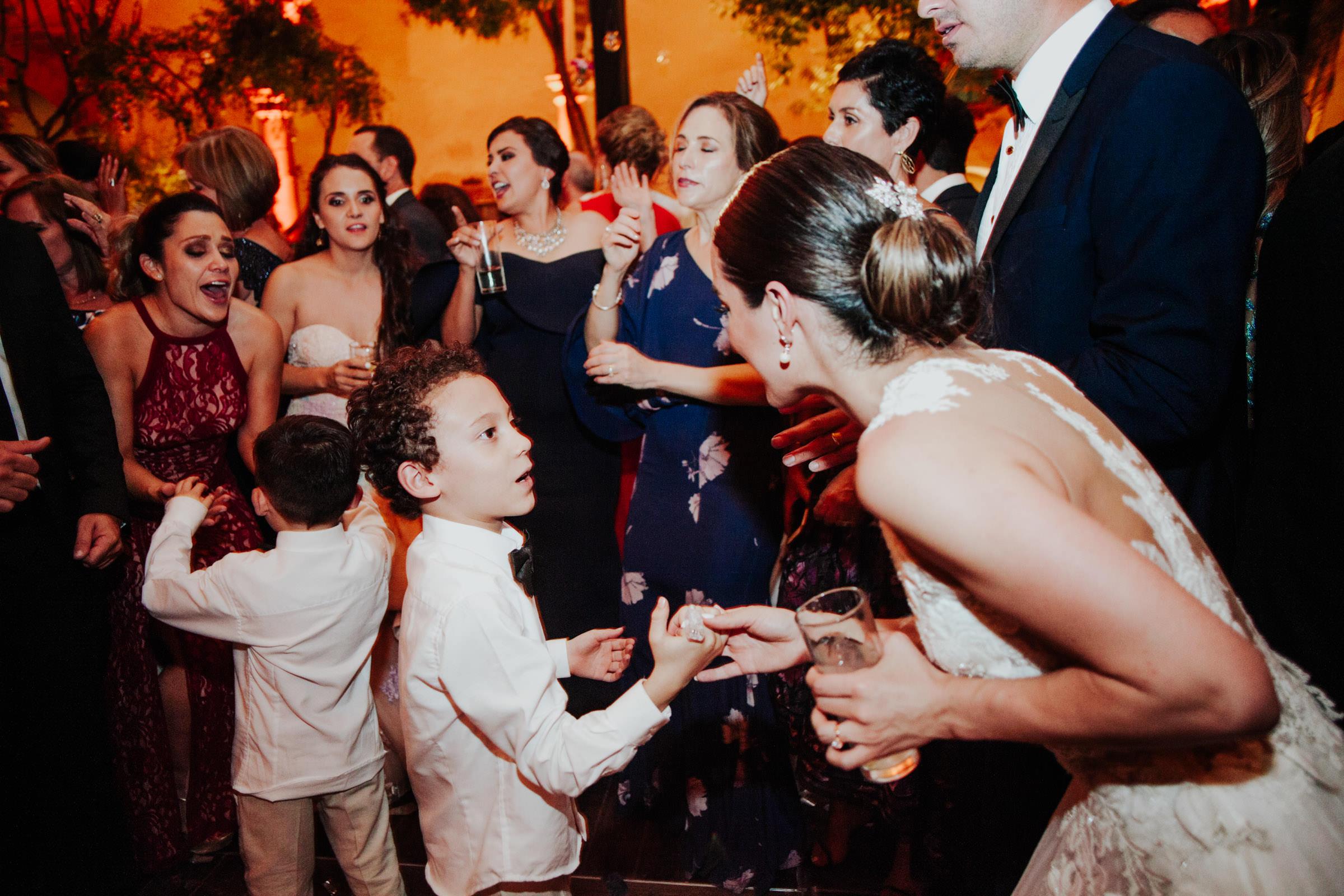 San-Miguel-de-Allende-Wedding-Photography-Parroquia-Instituto-Boda-Fotografia-Fer-Sergio-Pierce-Lifestyle-Photography0053.JPG