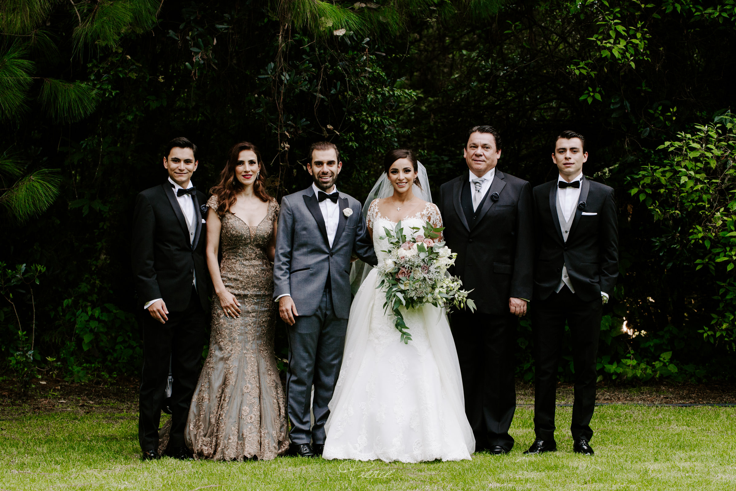 fotografia-de-boda-valle-de-bravo-mexico-rosmarino-pierce-weddings-0065.JPG