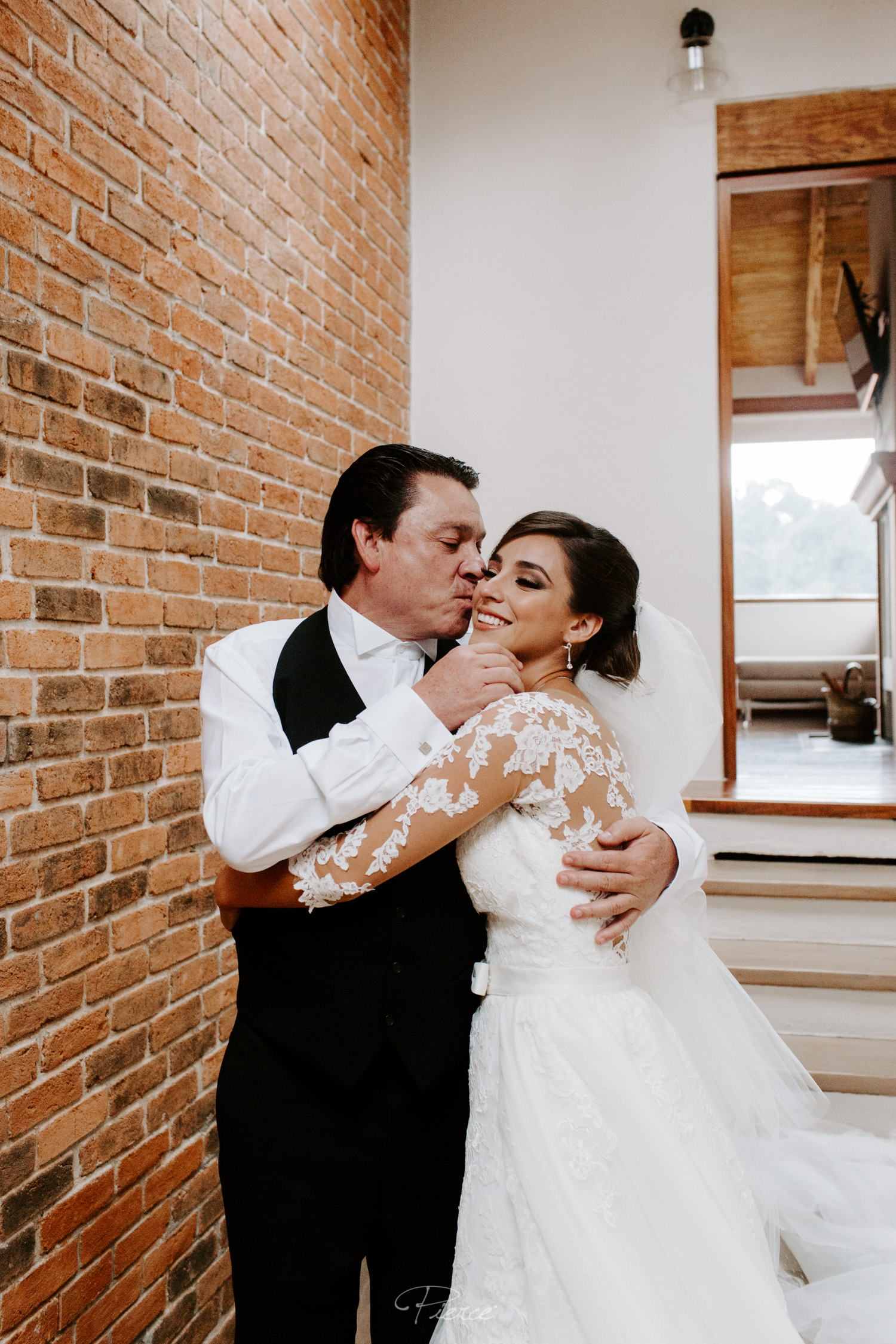fotografia-de-boda-valle-de-bravo-mexico-rosmarino-pierce-weddings-0225.JPG