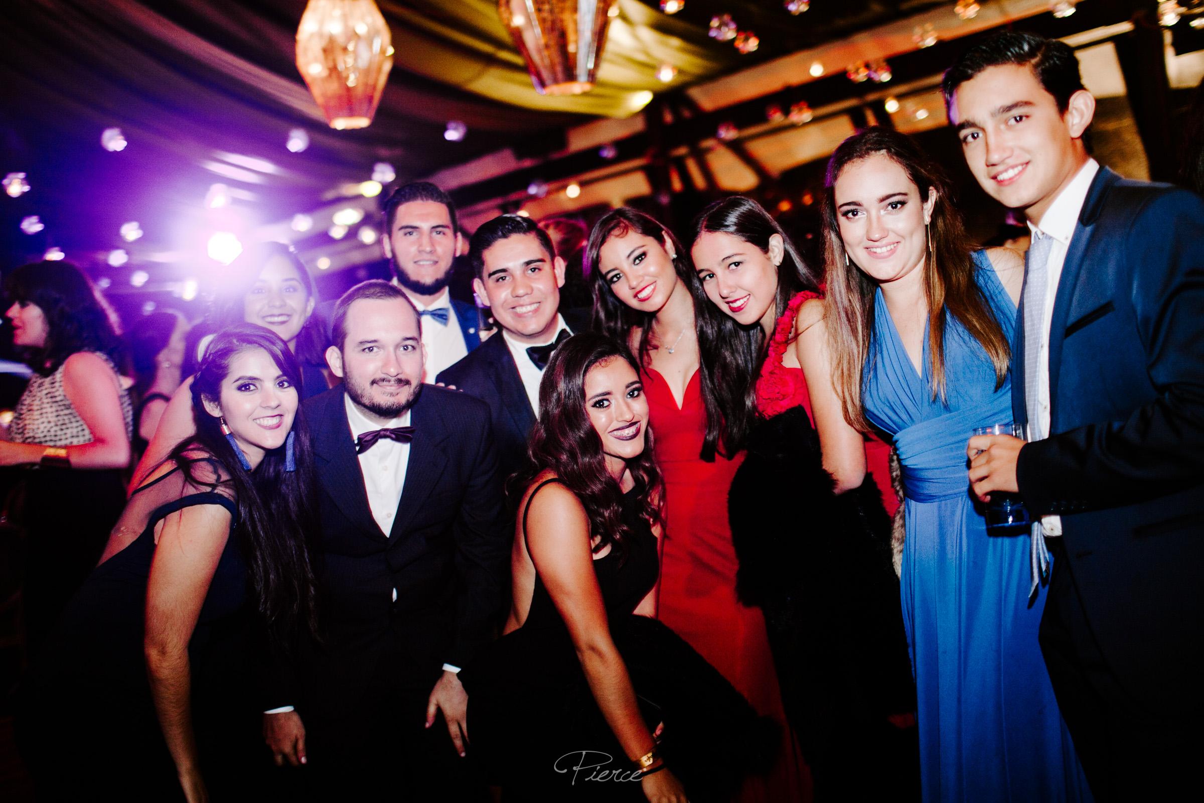 fotografia-de-boda-valle-de-bravo-mexico-rosmarino-pierce-weddings-0209.JPG