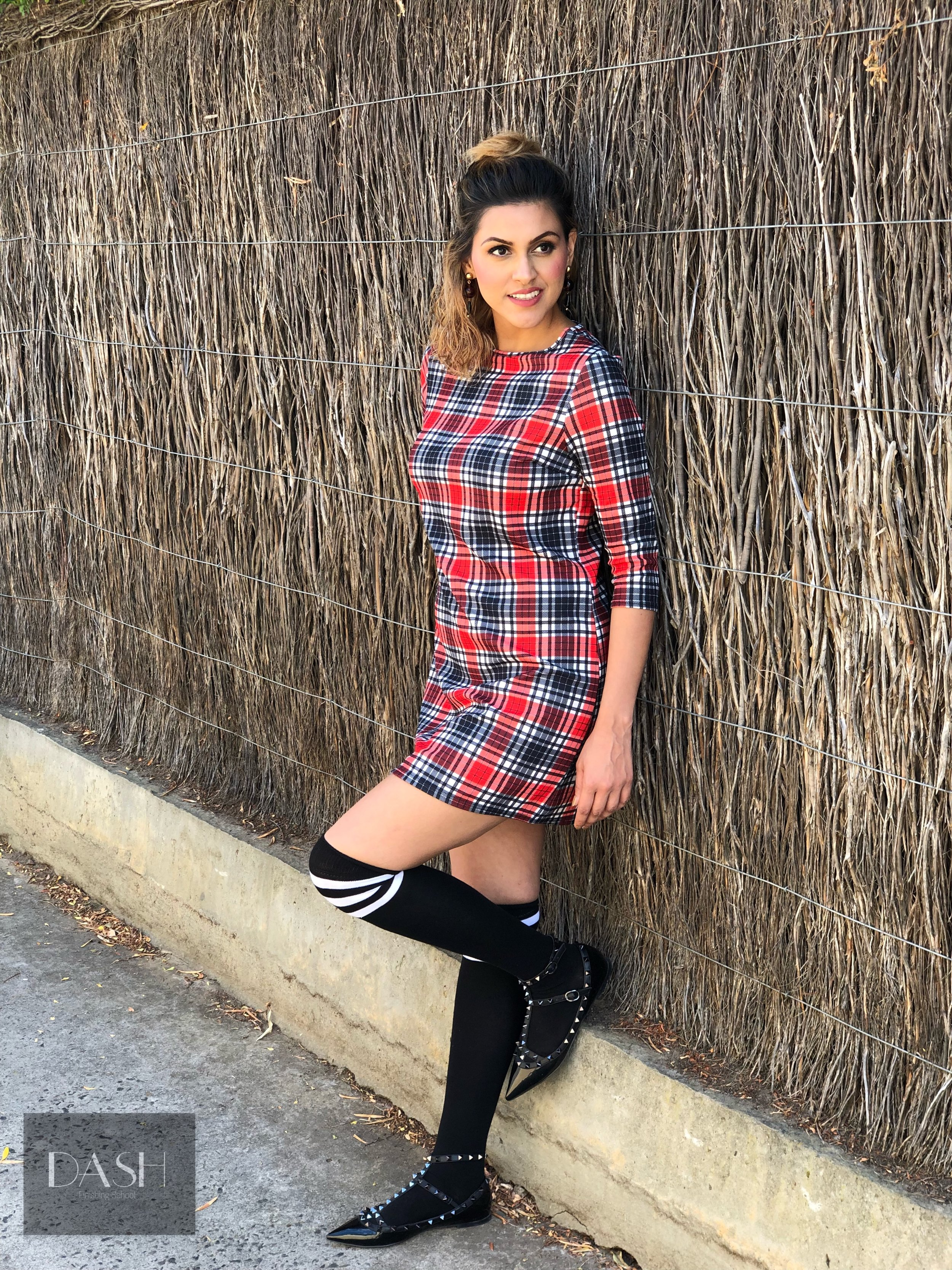 SOCKS: Knee high socks paired with buckle shoes. This look works best with dresses. Alternatively, can also be worked with cigarette pants + a pair of 'interesting' ankle length socks + heels. This look is quite practical too as keeps us warm on those cooler Melbourne days.