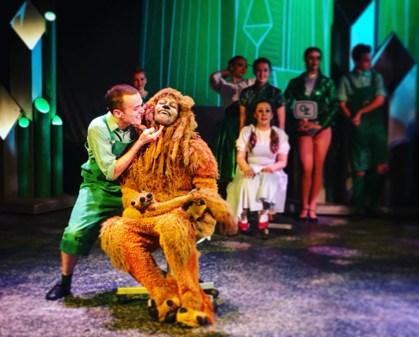Luke Simnett in The Wizard of Oz