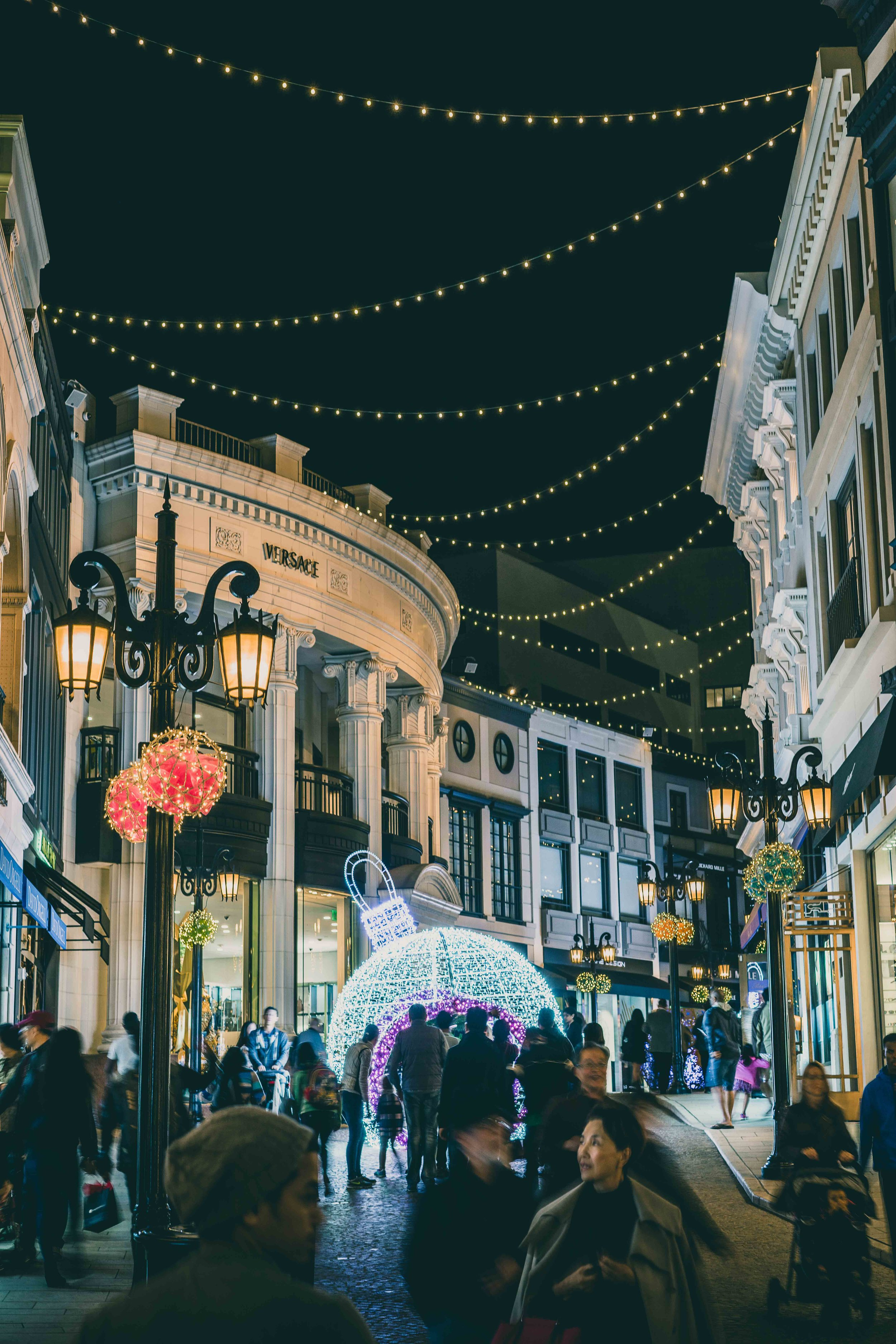 Rodeo Drive, Los Angeles   The lights, cars, people and buzz of Rodeo Drive had me all excited, firing my camera at everything. This was a favourite, taken in the days leading up to Christmas. Its all happening in on Rodeo Drive.