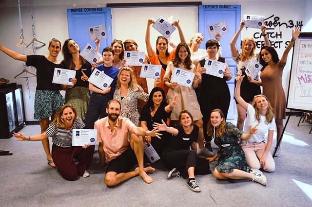 """What a day! Last weekend our mob#3 facilitated two sessions for the """"Jonge Klimaatbeweging"""" @jkb_online great fun, great success! This rounded off their 6 week facilitation training, tuning them into glorious Mischief Makers! We couldn't be more proud! 🙌🏻✨ #mischiefmakers #graduation #facilitation #workshop #creativesession"""