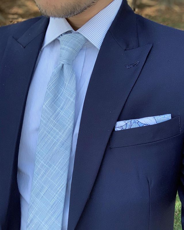 """Hi y'all! Our friends over at @oxfordsq released some new products the other day! One being this awesome new chambray tie! They named it the """"Cotton Candy Conundrum."""" Where do they come up with these?! 🤪 Anyway, go check em out, they hand make all of their products, which is pretty awesome to own a handmade accessory other than something that is just produced in mass quantities 👌 • • • • • #handcrafted #smallbusiness #supportsmallbusiness #handmade #necktie #suitandties"""