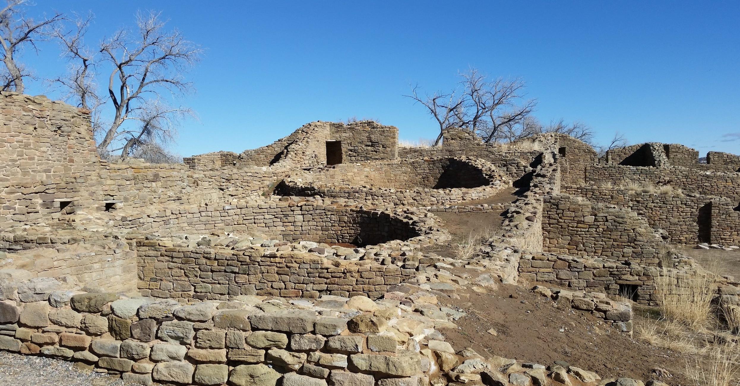 Kivas. Aztec Ruins, Aztec NM