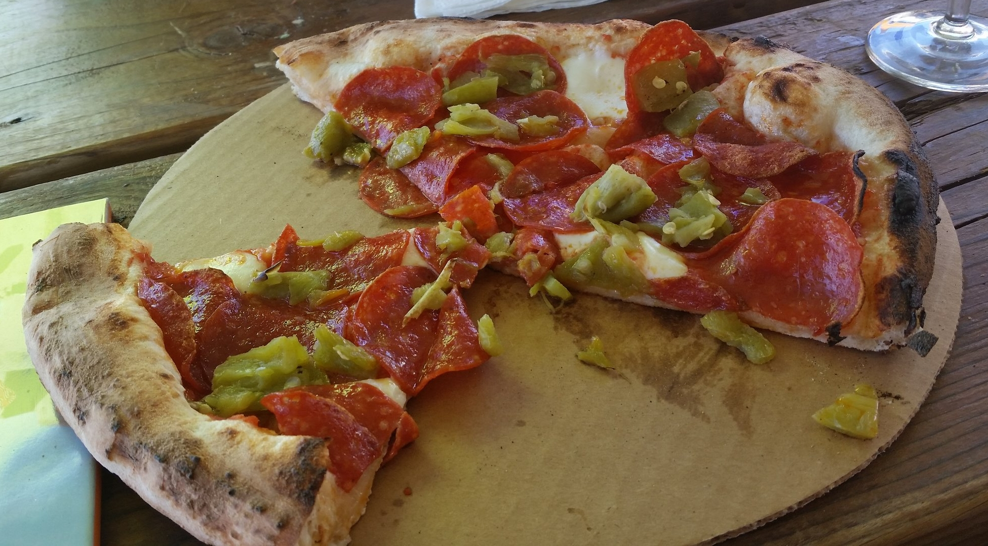 Pepperoni pizza with green chile