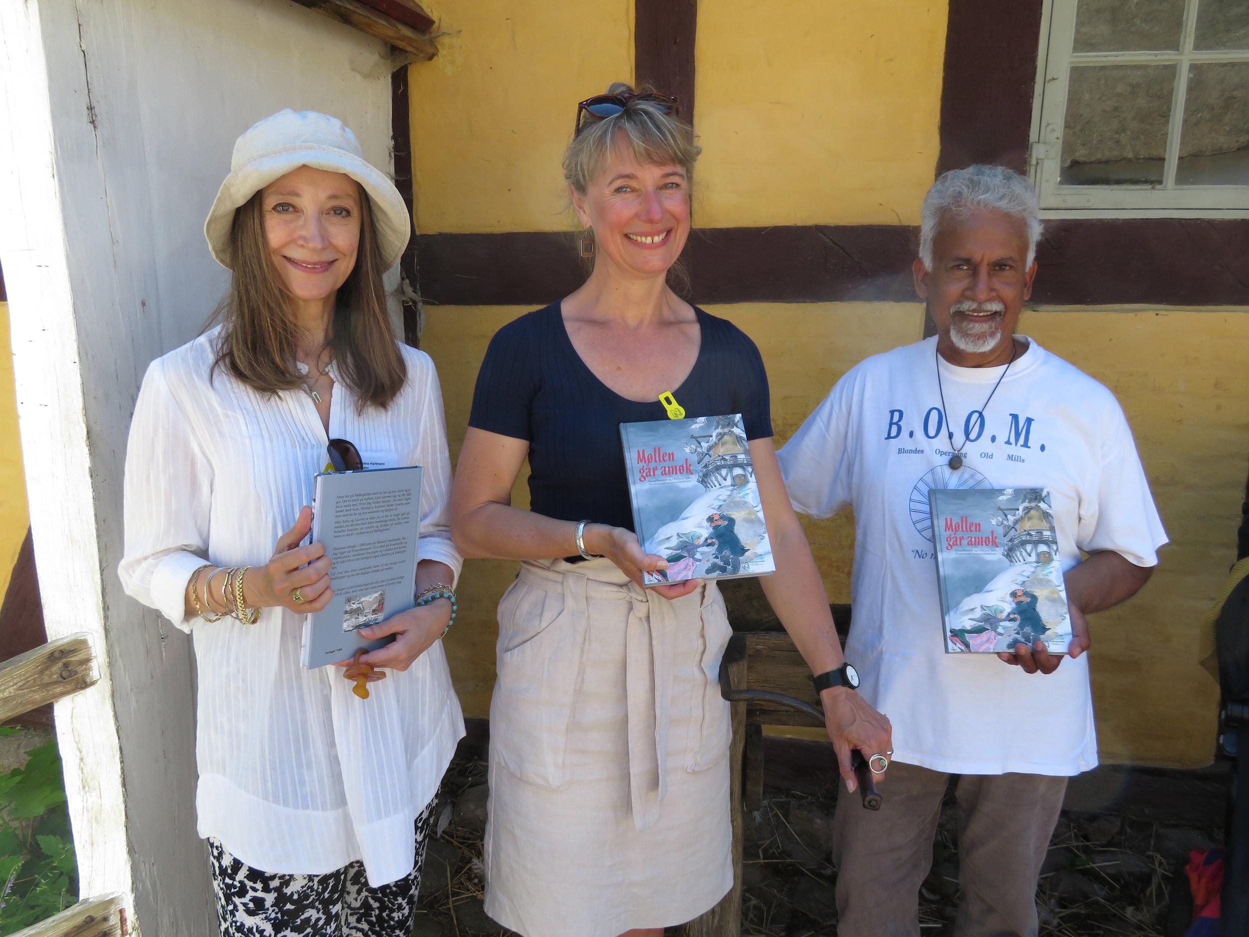 Fra venstre: Susanna Hartmann, Christine Tjalve og Boum Pyndiah    Foto: Finbarr Ryan