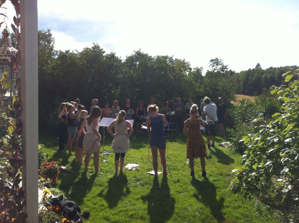 seminar øvelse i hagen kopi.jpg