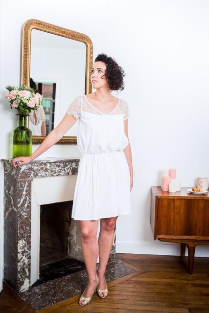 """Lucie Fouquet """"Marie""""  Robe courte, à la ligne épurée et moderne, adaptée pour une cérémonie civile  valorisant une silhouette longue et élégante"""