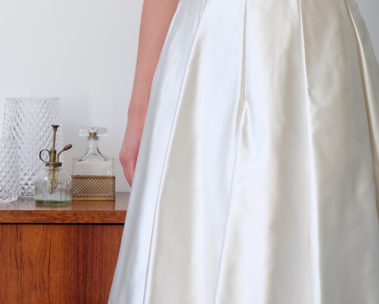 Lucie Fouquet robe Cécile satin duchesse plis creux