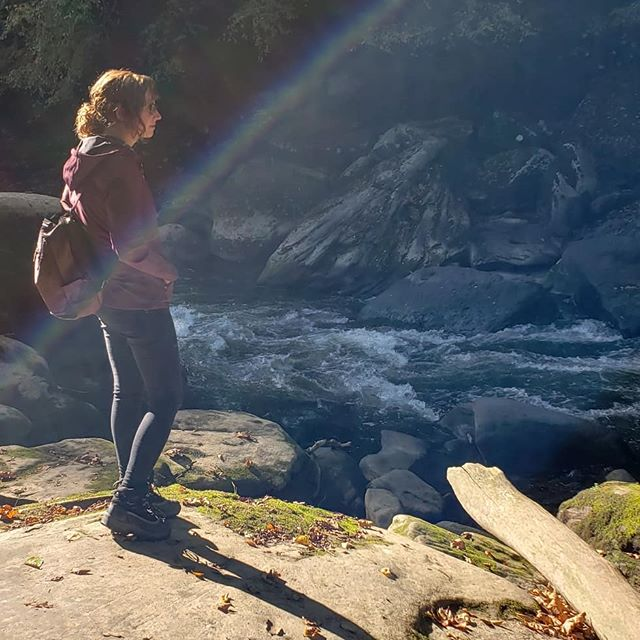 Inspiration. Coupled outdoors #iwannaliveoutside #whencanibeatree #allone #lightaura #nature #love #infinite