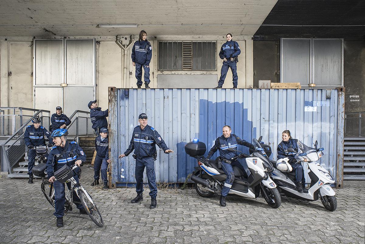 Mairie de Lille, 2016. 20 services de la mairie de Lille mis en scène. Police municipale