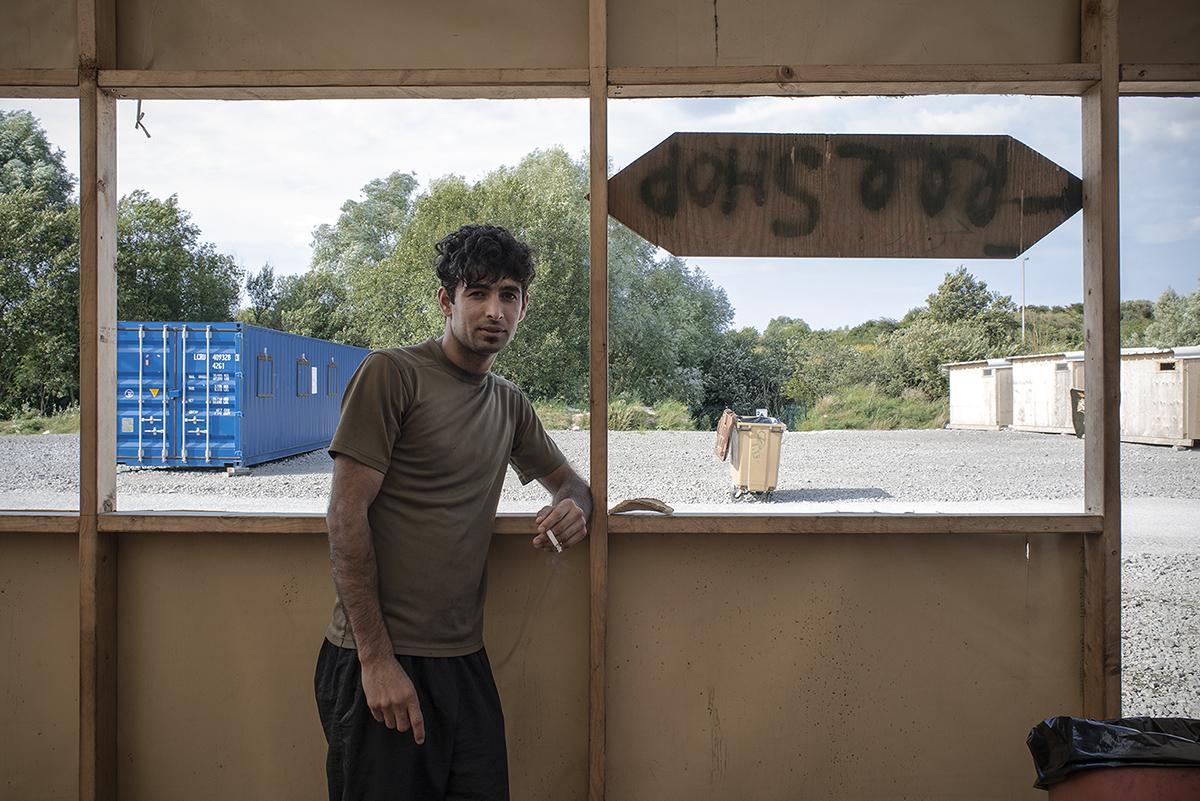 charlesdelcourt-refugee08.jpg
