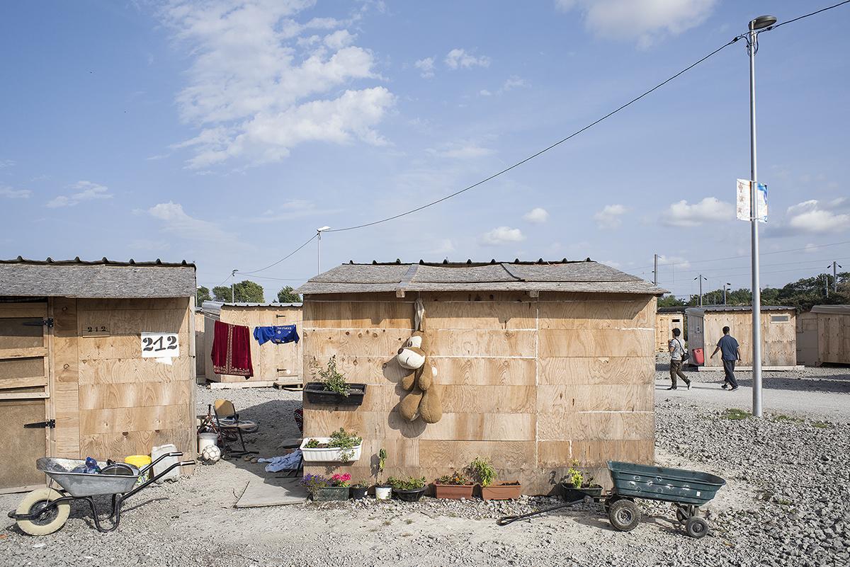 charlesdelcourt-refugee07.jpg