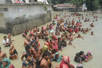 Flooding in Bangladesh has submerged a third of the country   © British Red Cross