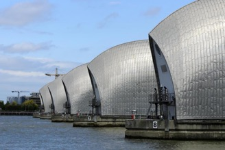 Climate adaptation: London's flood barrier across the River Thames | © Evening Standard