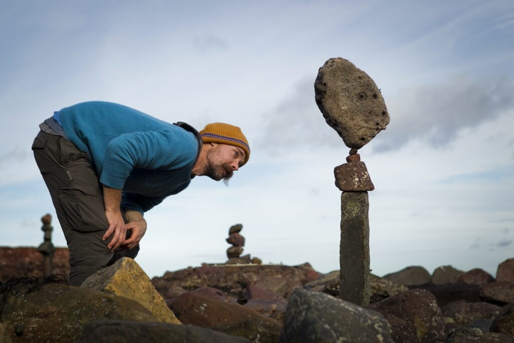 Practising mastery of balance: the stone-stackers of East Lothian ( Sunday Post )