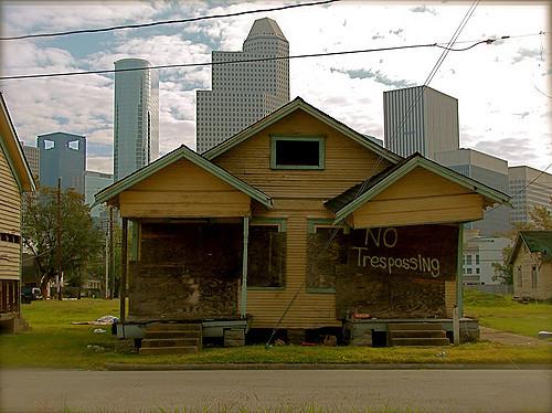 Houston inner-city. Photo: Flickr/rhaaga