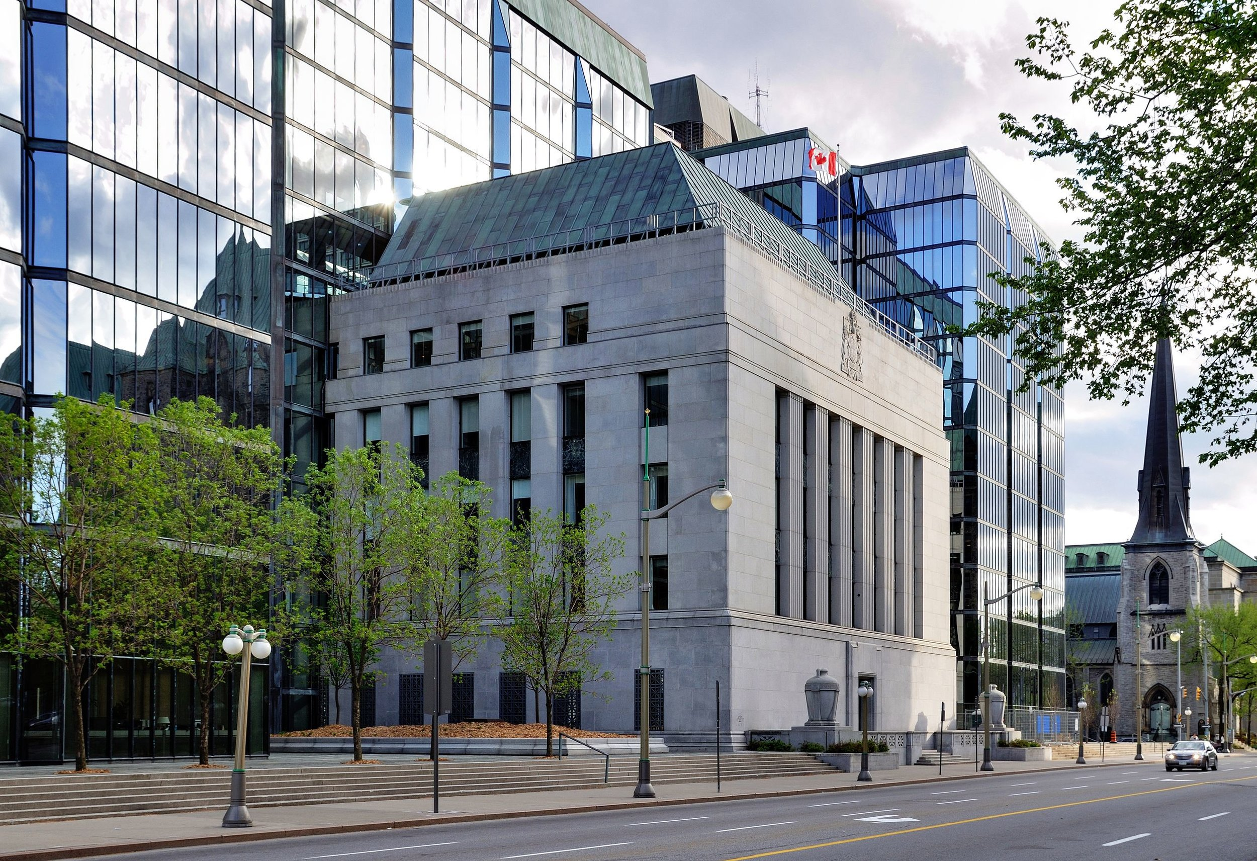 Bank of Canada building. The original is from the late '30s and gorgeous; the addition allows for modern uses. Photo: Wikipedia