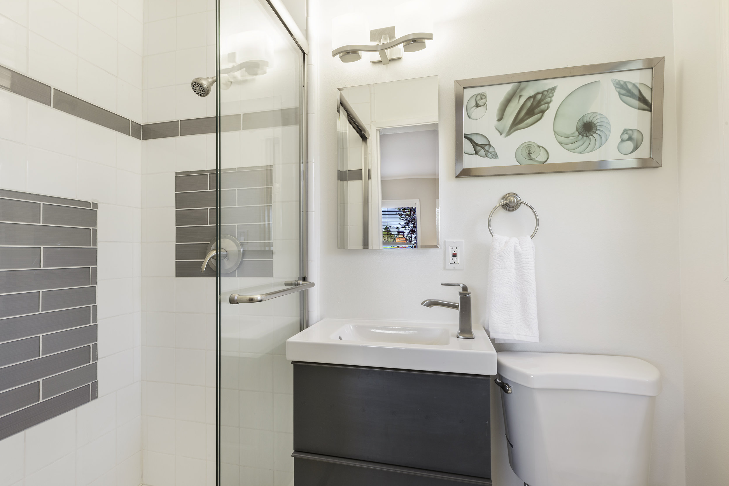13-540-Midway-1bath-high-res.jpg