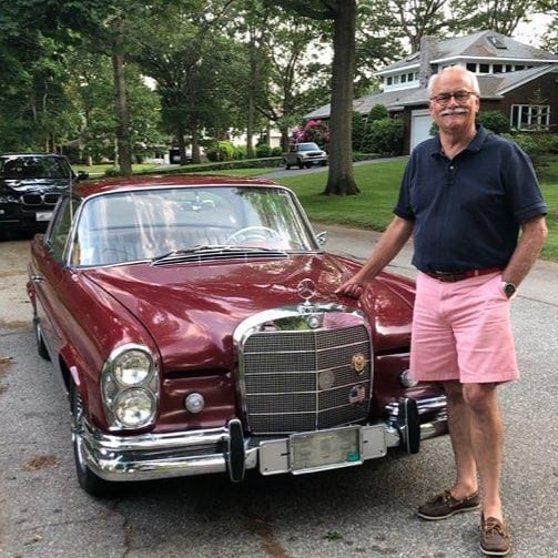1964 220SE with 56,000 miles. Window sticker in the glove box says $8,600 new. Fantastic find right in my back yard! Some days, I have too much fun at my job. #mercedesbenz #classic #vintagecar #beauty