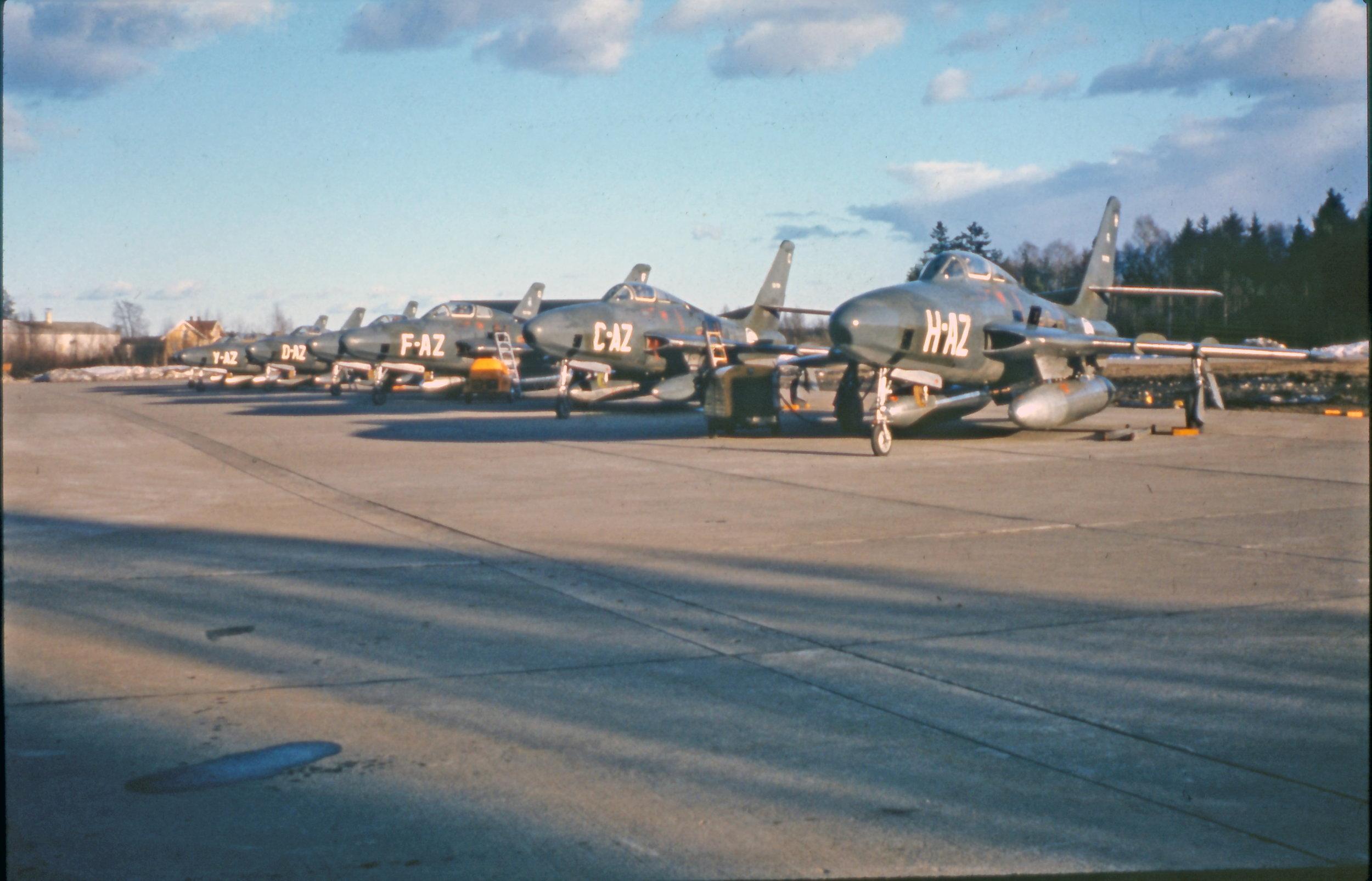 RF-84F på Line AB