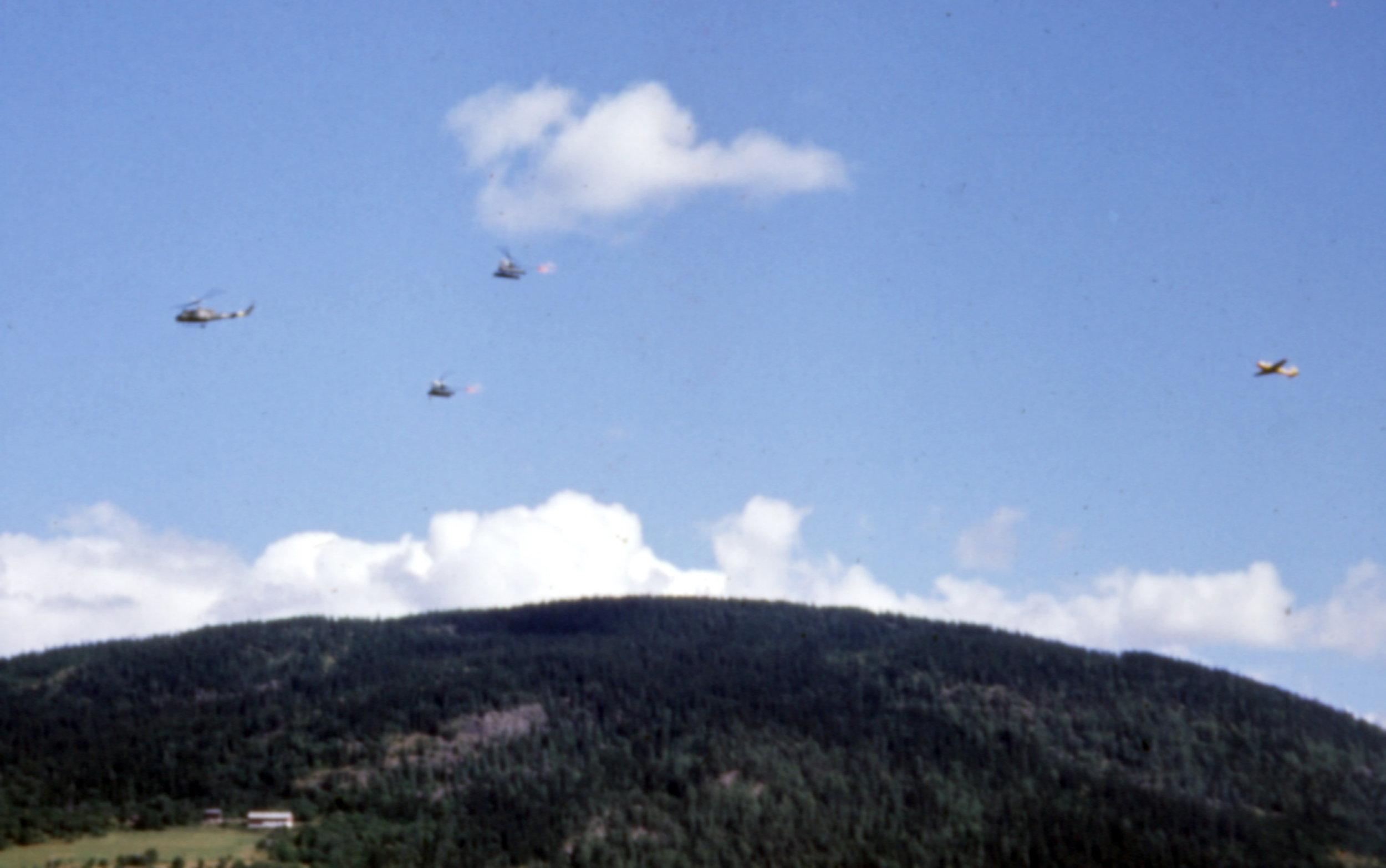 720skvadron 1968 med UH-1B, Bell 47G og SAAB Safir                                                               Foto Per-Jarle Sogn