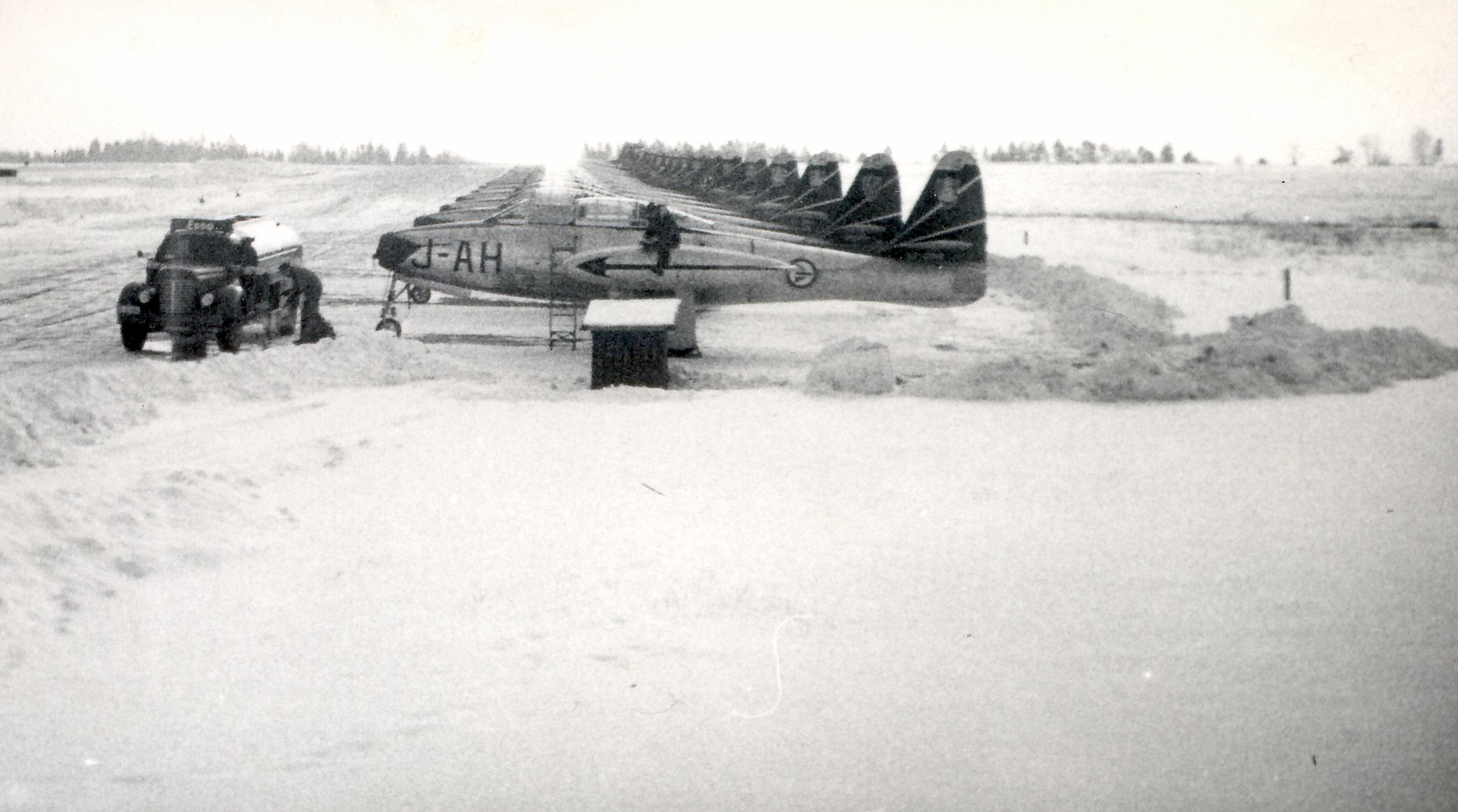 332 Skvadron er klar for 15 årsjubileet i 1957
