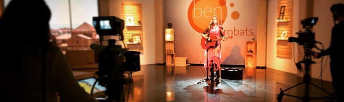 Tori Sparks en directo El Punt de Avui - Ben Trobats