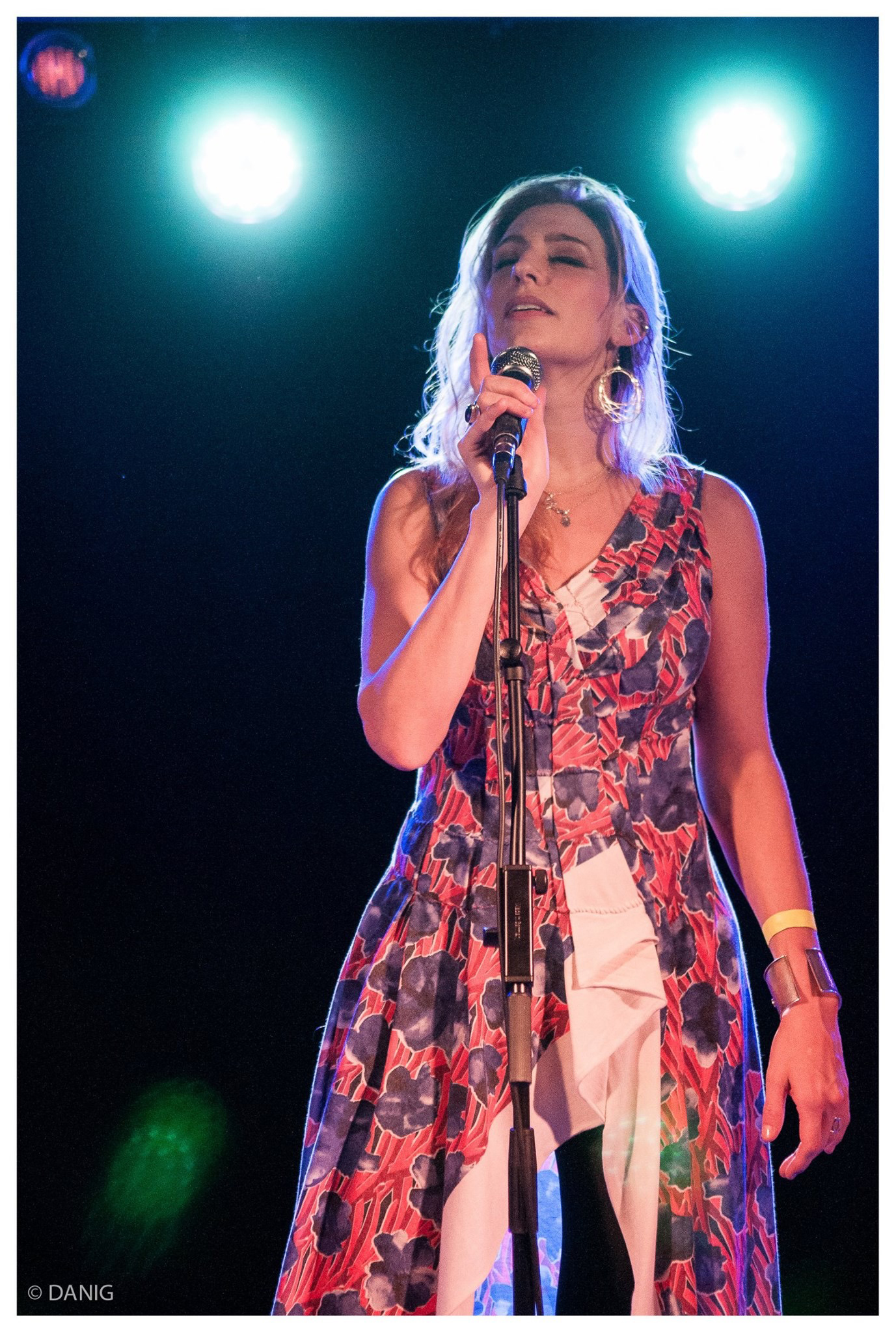Tori Sparks Live Photo: La Capsa