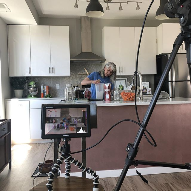 Video shoot: The Brine Method with @in2motionmedia . . . #fermentation #brine #veggies #video #entrepreneur online #workshop #goodforthegut