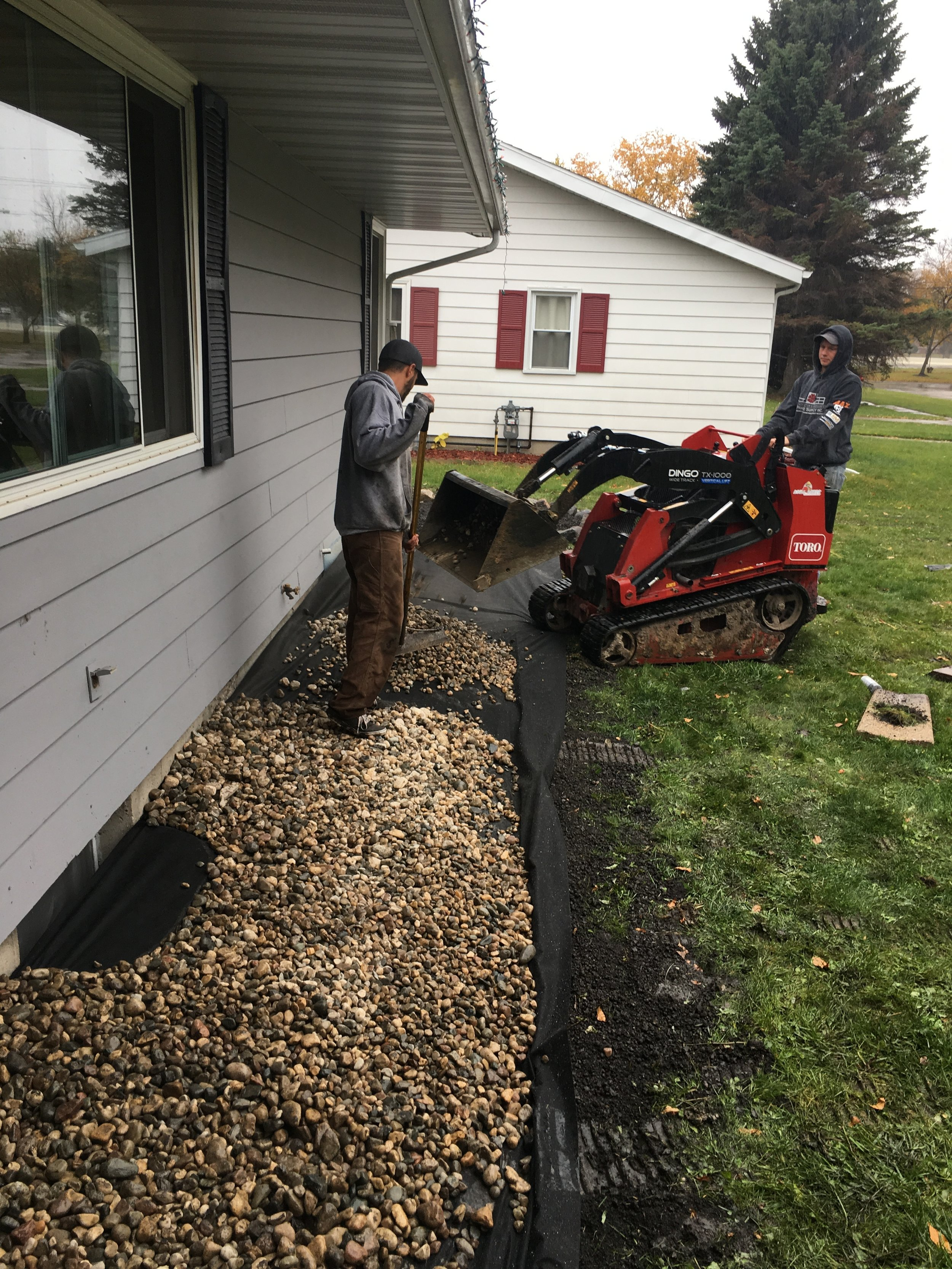 landscapers working