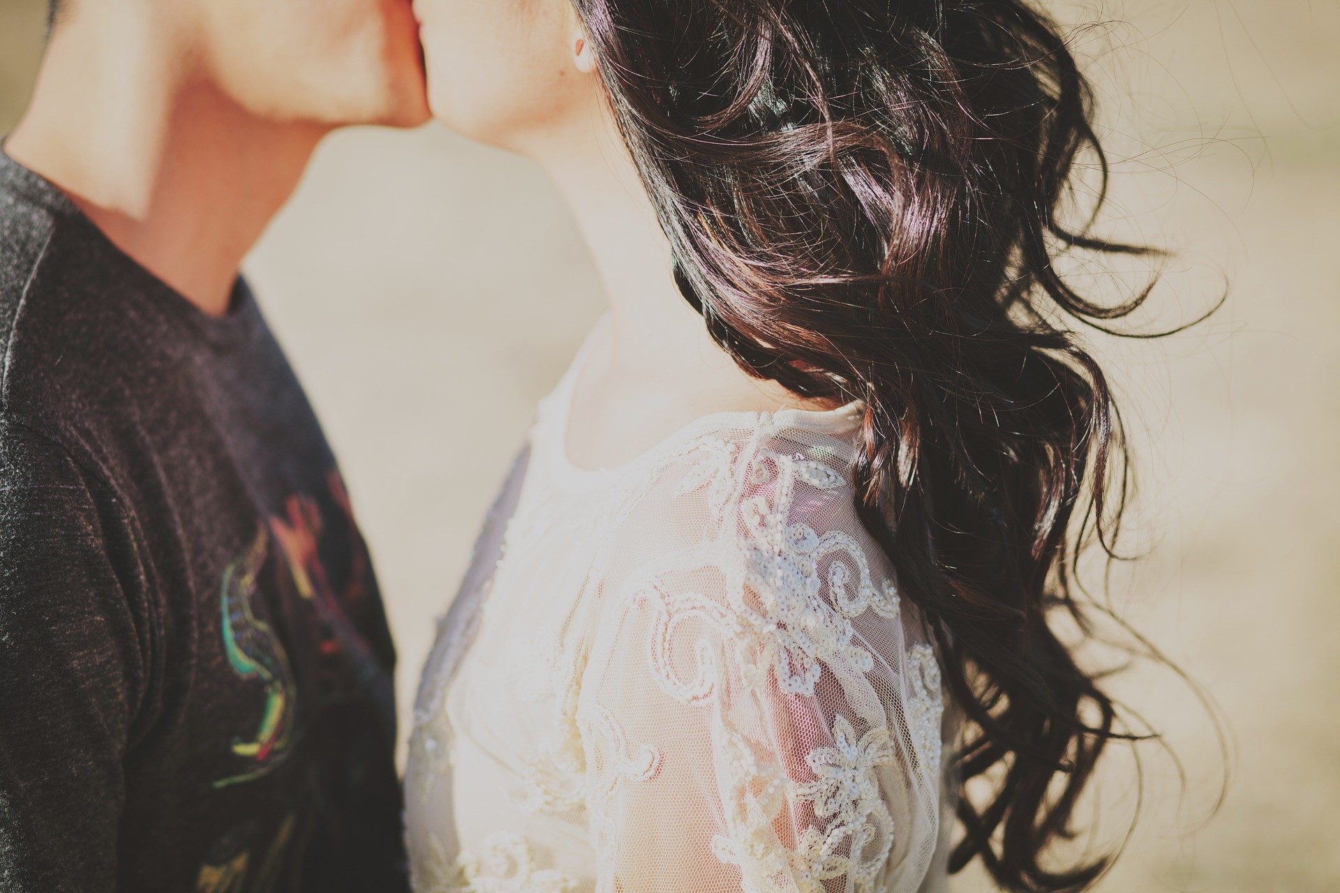 couple, wedding, premarital education, Twogether in Texas, marriage license, discount, $60 discount, wedding venues, Austin, wedding checklist, communication, connection, emotions, conflict resolution, apologizing