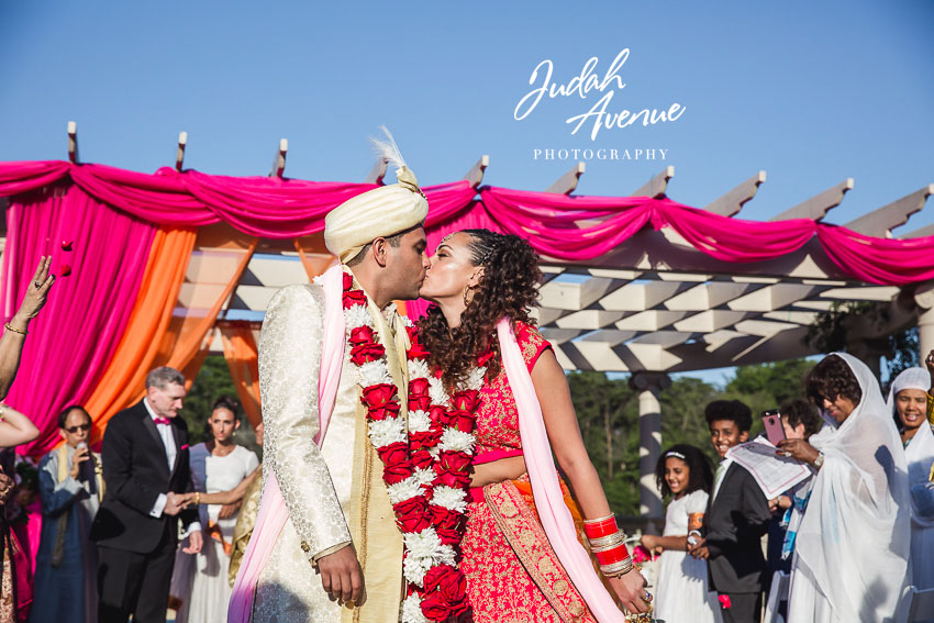 Roxanne and Gaurav's wedding at Morais Vineyards & Winery wedding Photographer in Virginia-13.jpg