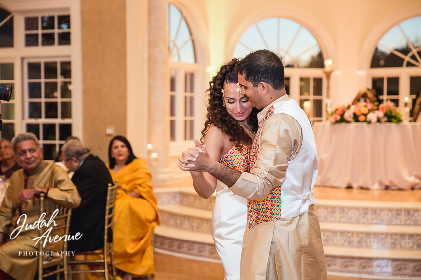 Roxanne and Gaurav's wedding at Morais Vineyards & Winery wedding Photographer in Virginia--180.jpg