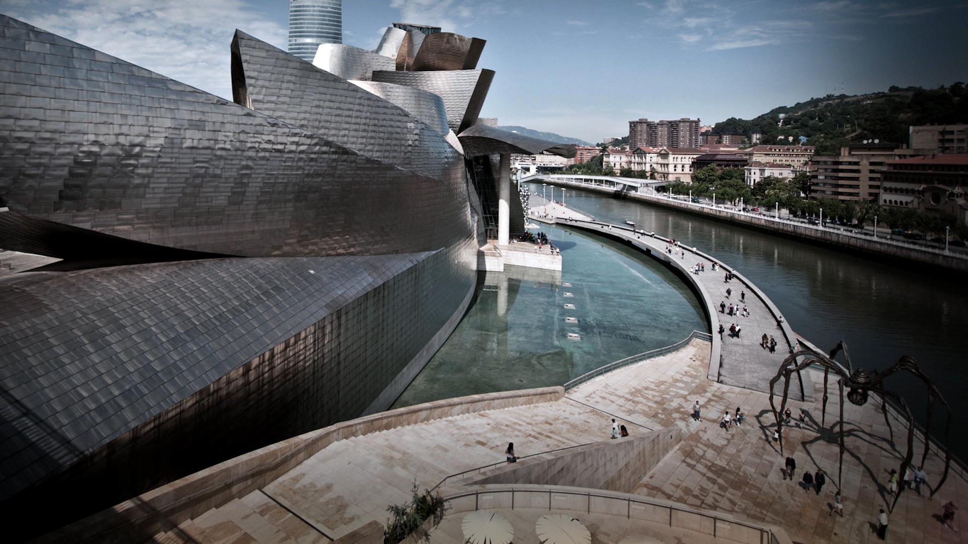 <i>CULTURE</i>Frank Gehry