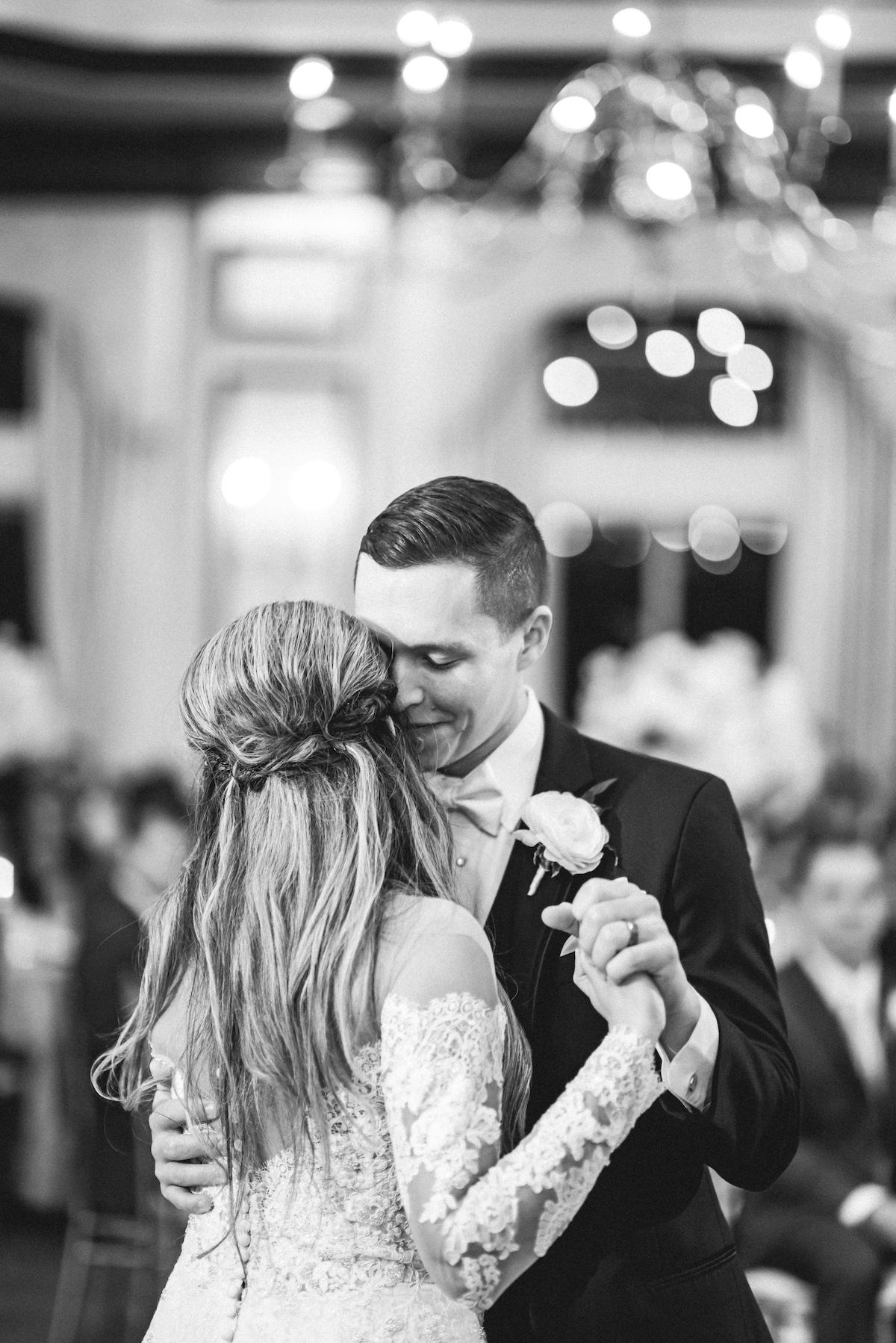 First Dance wedding bride groom Naples Florida Fort Myers Matt Steeves.jpg