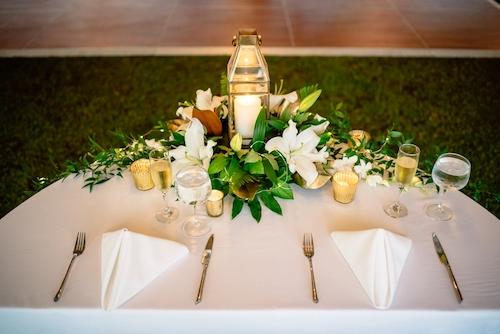 Matt Steeves Photography Casa Ybel Weddings Floral Artistry Sanibel_0135.jpg