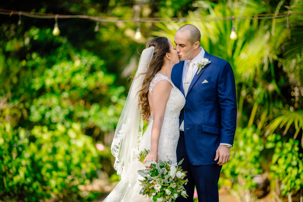 Matt Steeves Photography Weddings SunDial Sanibel CocoLuna Events Tom Trovato Floral_0011.jpg