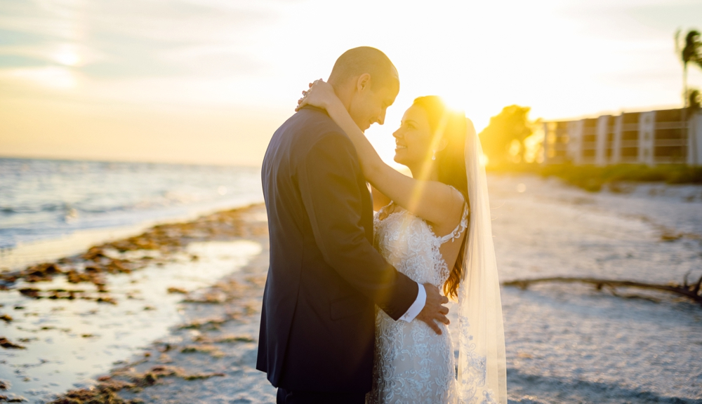 Matt Steeves Photography CocoLuna SunDial Sanibel Tom Trovato Floral Weddings Duality Artistry_0003.jpg