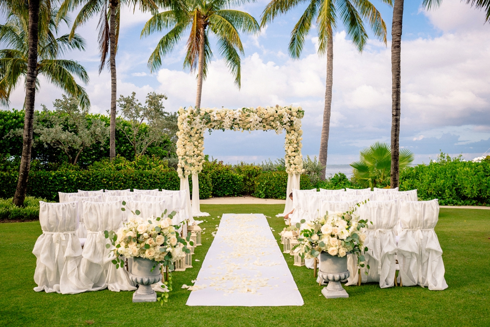 Kelly McWilliams Weddings Matt Steeves Photography Isn't She Lovely Floral South Seas Island Resort Captiva_0047.jpg