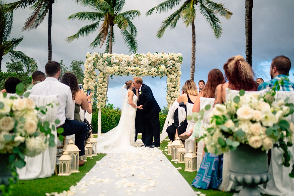Kelly McWilliams Weddings Matt Steeves Photography Isn't She Lovely Floral South Seas Island Resort Captiva_0034.jpg