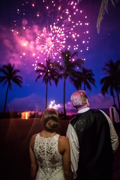 Kelly McWilliams Weddings Matt Steeves Photography Isn't She Lovely Floral South Seas Island Resort Captiva_0009.jpg